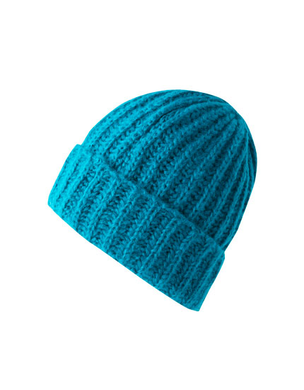 Purl-knit-effect hat