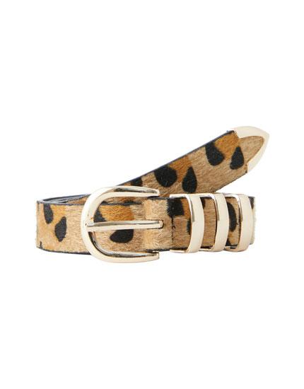 Gürtel im Leoparden-Look