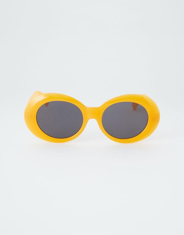 Óculos de sol ovais de massa - PULL BEAR 000fad80a2