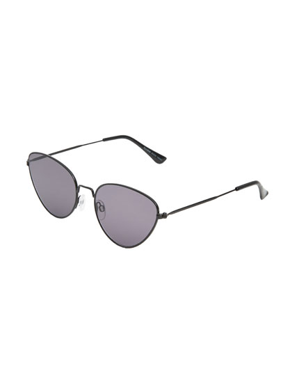 Metallic cateye sunglasses