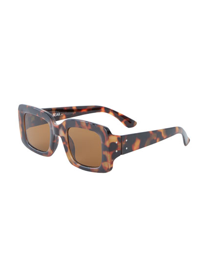 Rectangular tortoiseshell sunglasses