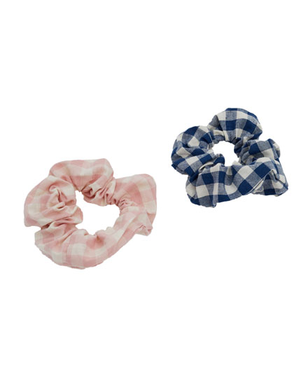 Pack of 2 gingham check scrunchies