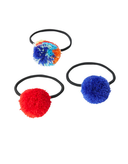 3-pack of pompom hair ties