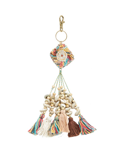 Tassel and seashell key ring