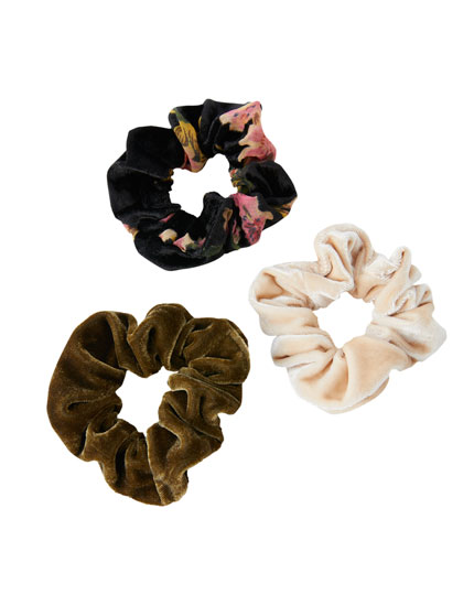 Pack of 2 velvet scrunchies