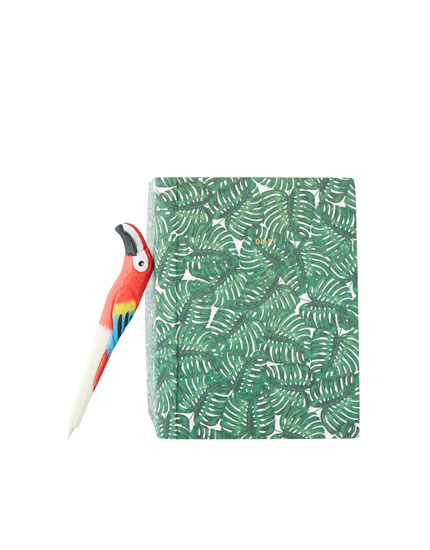 Pack of toucan notebook and pens