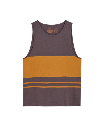 Sleeveless panelled T-shirt