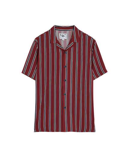 Striped short sleeve burgundy shirt