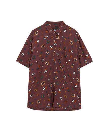Short sleeve Burgundy shirt with print