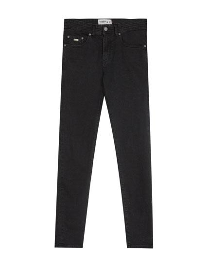 Schwarze Skinny-Fit Jeans