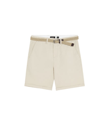 Coloured Bermuda shorts with belt