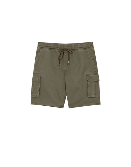 Jogging Bermuda shorts with cargo pockets