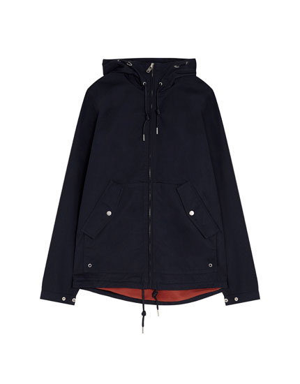 Short light hooded parka