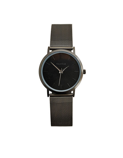 Black minimal watch
