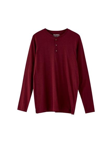 Langarm-Shirt mit Rundausschnitt mit Knopfleiste