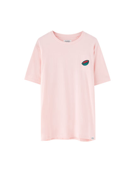 Short sleeve T-shirt with embroidery