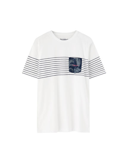 Striped panel T-shirt with printed pocket