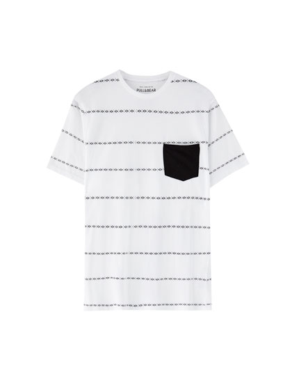 T-shirt with pocket and stripe detail