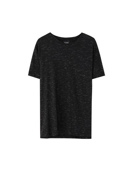 Alacalı görünümlü kısa kollu basic t-shirt