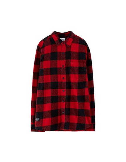 Rūtains krekls ar garām piedurknēm