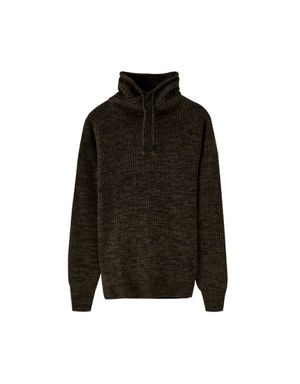 Sweater med wrap-around krave