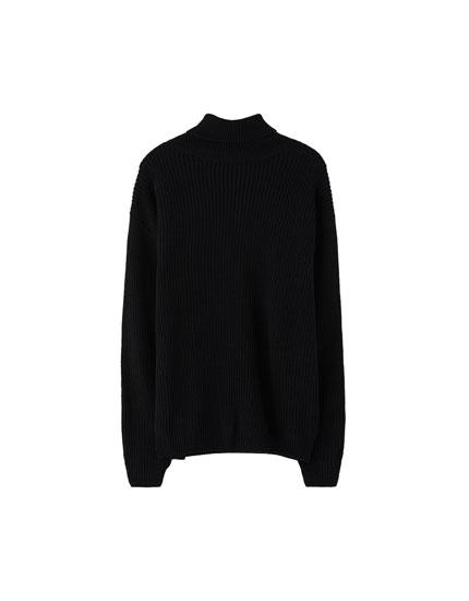 Sweater cuello cisne punto inglés