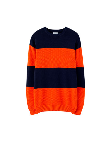 Raised knit sweater with wide stripes