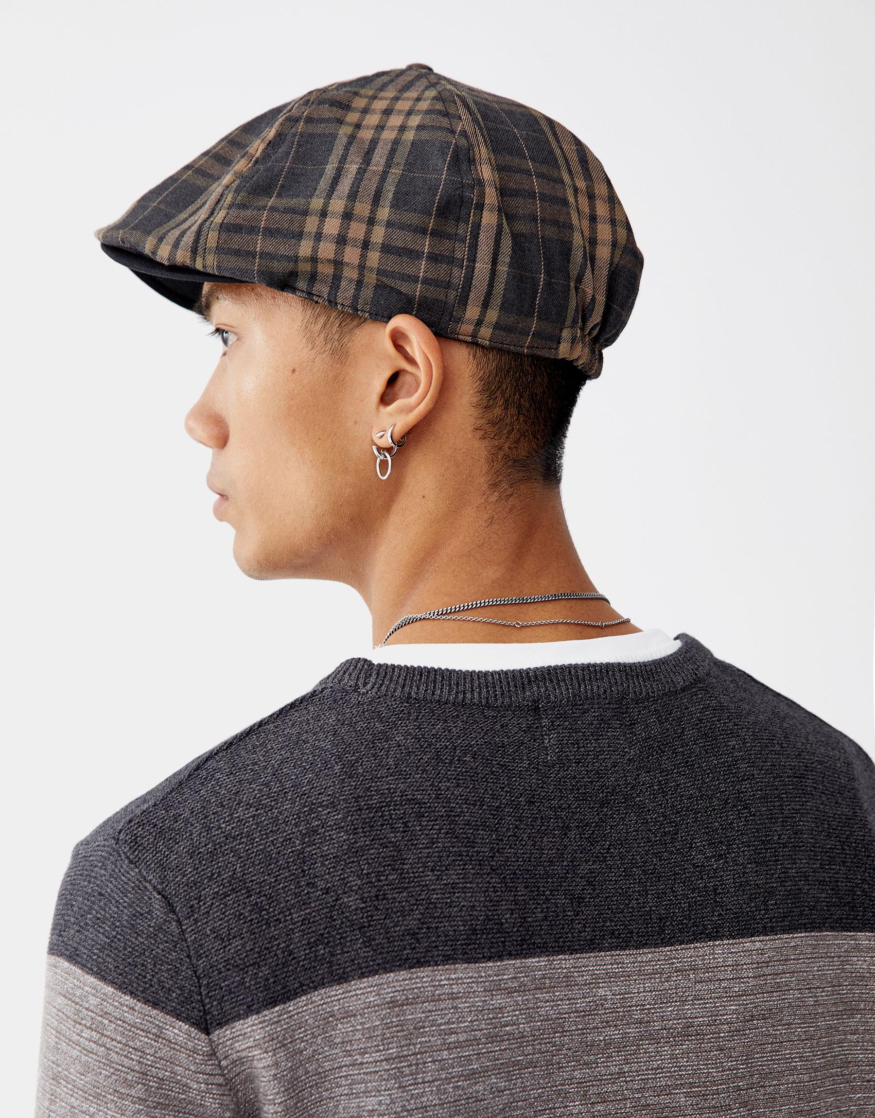 cf2dd04d889e Pull   Bear Ombré-effect fine knit sweater at £25.99
