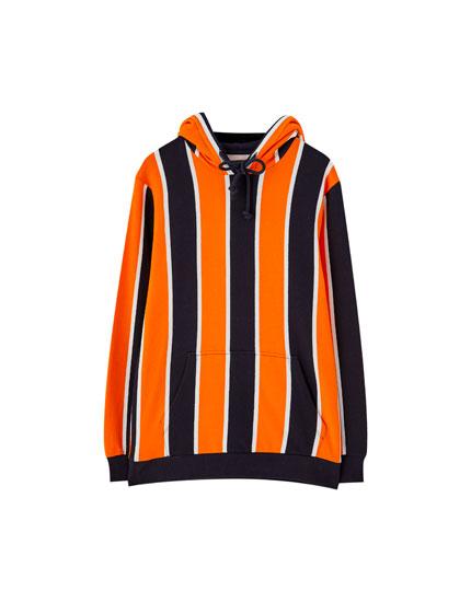 Sweatshirt med hætte og lodrette striber