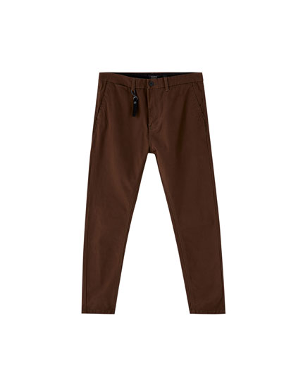 Pantaloni chino carrot fit