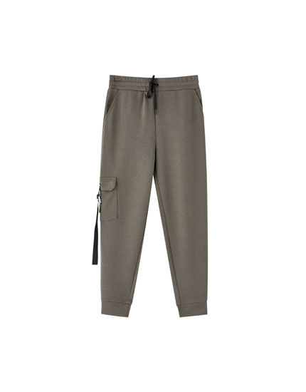 Jogging trousers with pockets