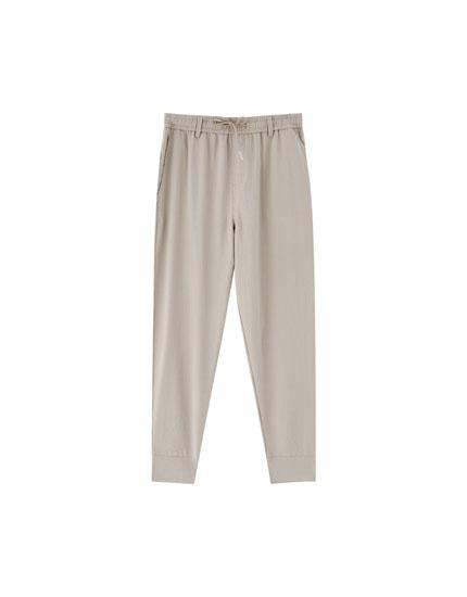 Lightweight jogging trousers