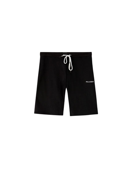 Basic jogging Bermuda shorts with logo