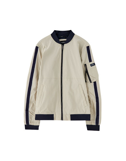 Bomber jacket with contrasting trims