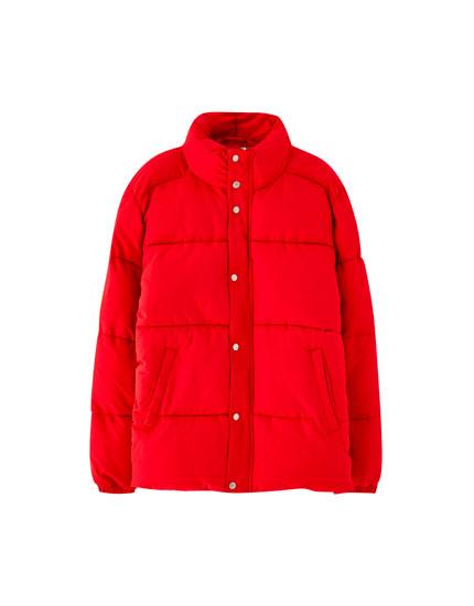 Blusão acolchoado tipo casaco penas