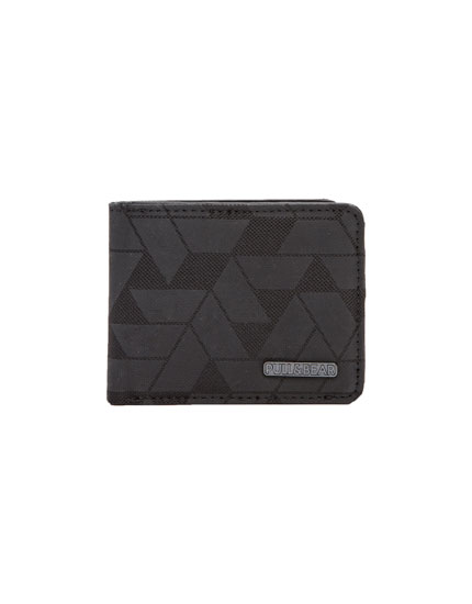 Wallet with geometric pattern