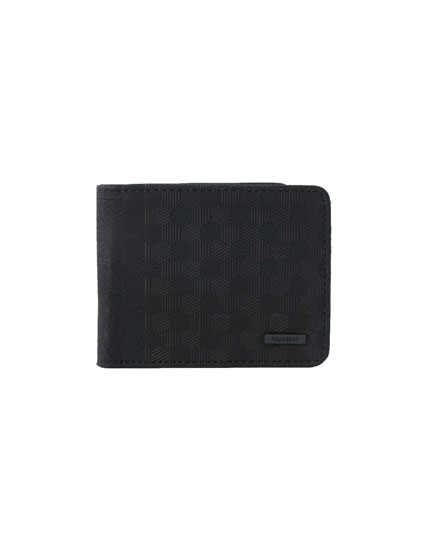 Wallet with raised geometric pattern