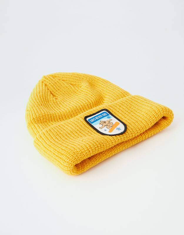 fd3d350cbe2 knit-beanie-with-bear-patch by pull- -bear