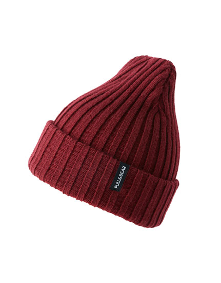 Burgundy fine knit hat