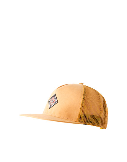 Flat peak cap with mesh and diamond patch
