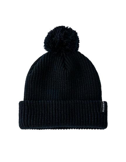 Schwarz-melierte Mütze mit Pompon