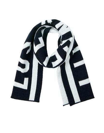 Slogan scarf