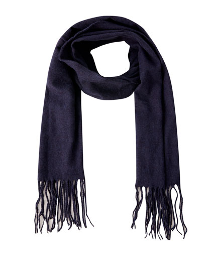 Basic fringed scarf
