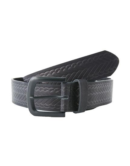 Cinturón trenzado en relieve