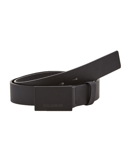 Rubberised belt with plate