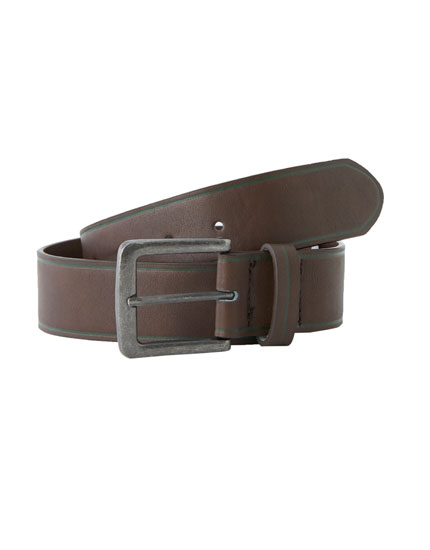 Brown belt with contrasting trim