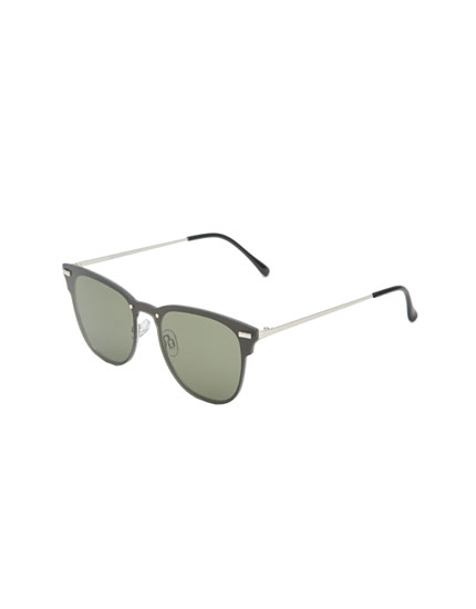 Black sunglasses with metal temples