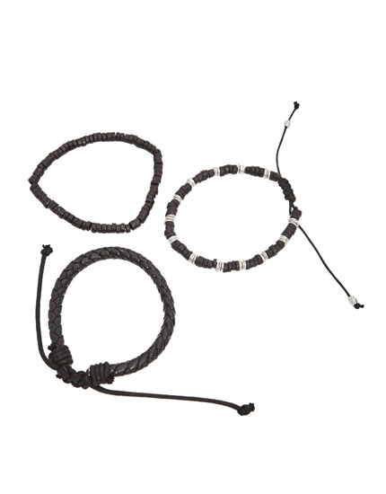 Pack of all-black bracelets