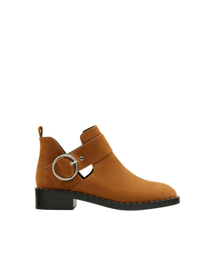 Camel cut-out ankle boots