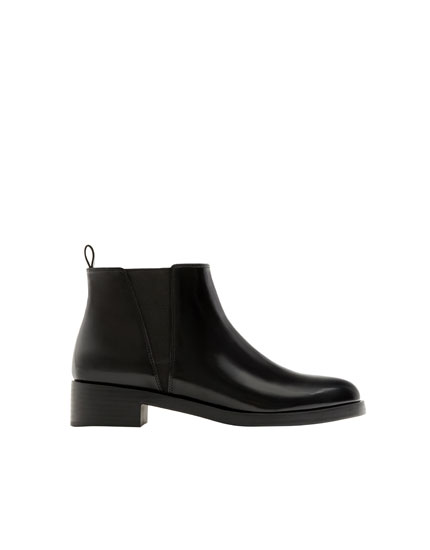 Basic glossy black flat ankle boots